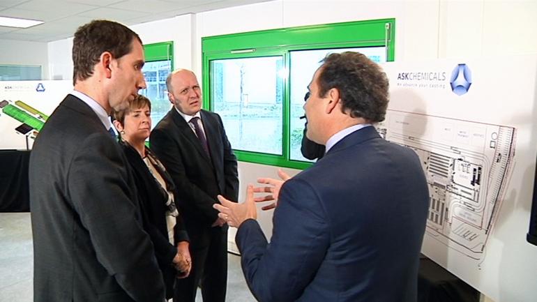 Arantxa Tapia asiste a la presentación del proyecto ASK Chemicals en el puerto de Bilbao