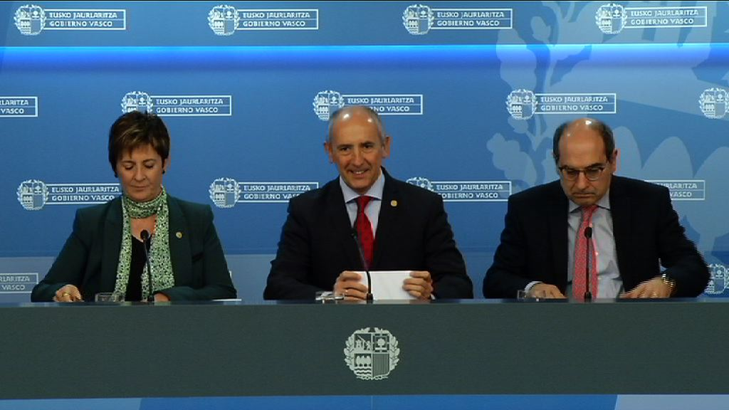 Eusko Jaurlaritzak seme-alabak izatea eta adoptatzea 27,5 milioi eurorekin babestu du