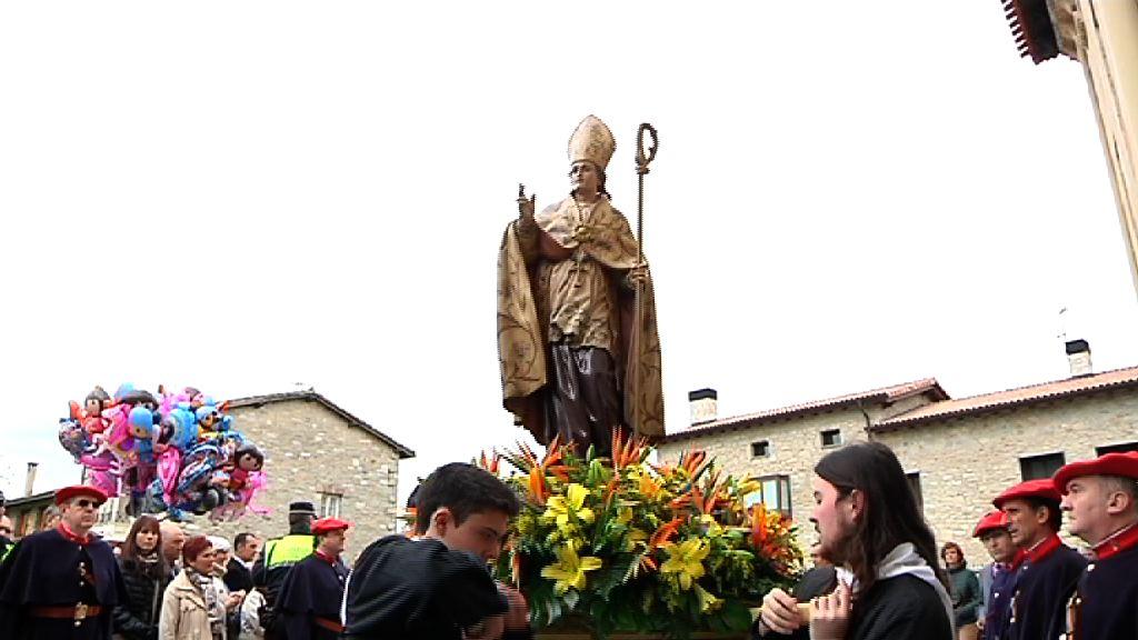 El lehendakari asiste en Armentia a los actos en honor de San Prudencio