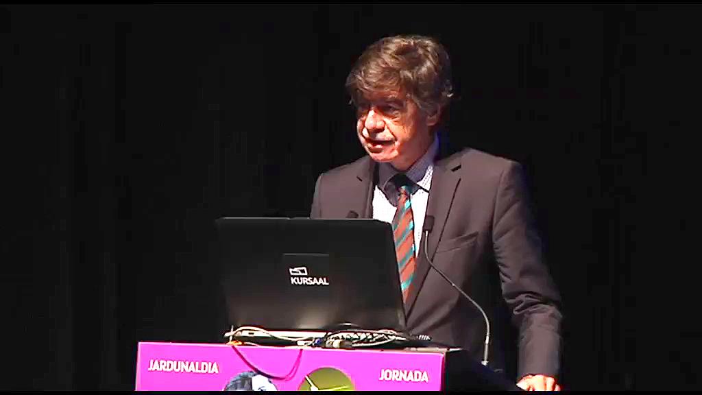 """Jornada: """"Especialización inteligente, una estrategia innovadora para Euskadi"""". Octavi Quintana Trias, director de la DG de Investigación e Innovación. Miembro de la Comisión Europea."""