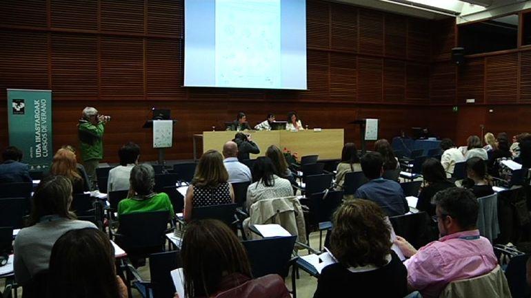 """El Gobierno Vasco propone un proyecto de decreto en materia de reinserción y reintegración de personas presas, tras la experiencia piloto de """"Hitzeman"""""""
