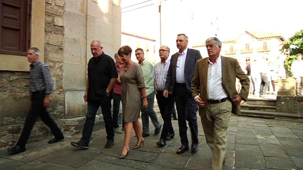 Eusko Jaurlaritza Juan Zelaiaren hileta elizkizunean izan da