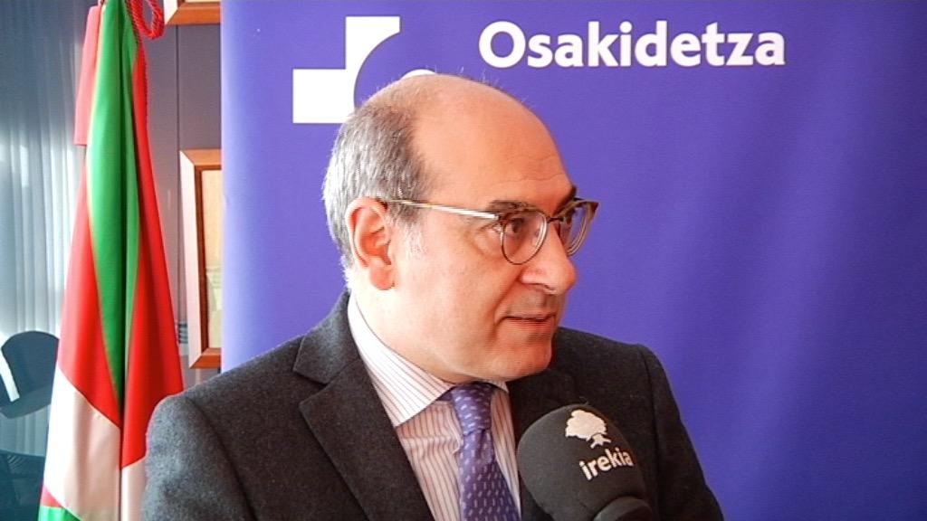 """Jon Darpón: """"En Osakidetza se ha avanzado mucho pero continuaremos trabajando para garantizar la presencia y el uso del euskera en todas las organizaciones sanitarias"""""""