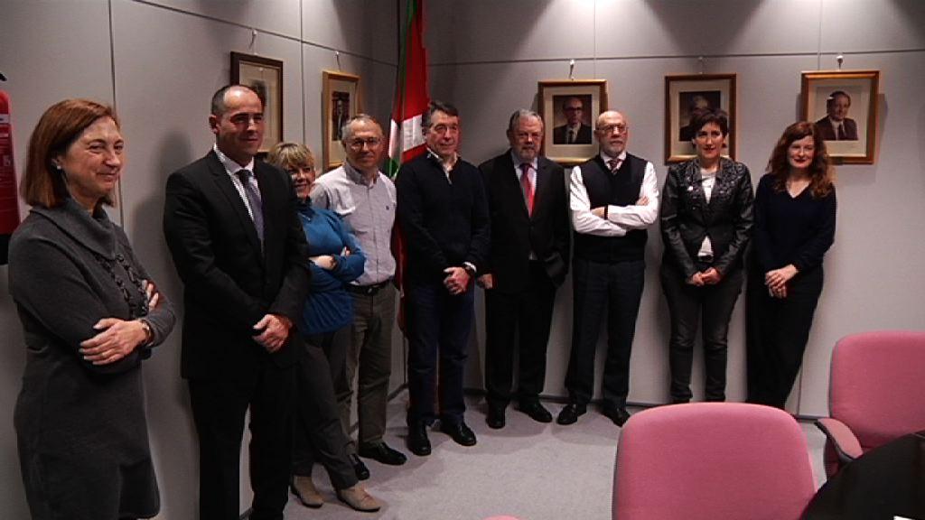 Ekarpenen Legea garatu aurretik Euskadiko Toki Erakundeen Legean ezarritako txostena landuko duen talde teknikoa Lakuan bildu da