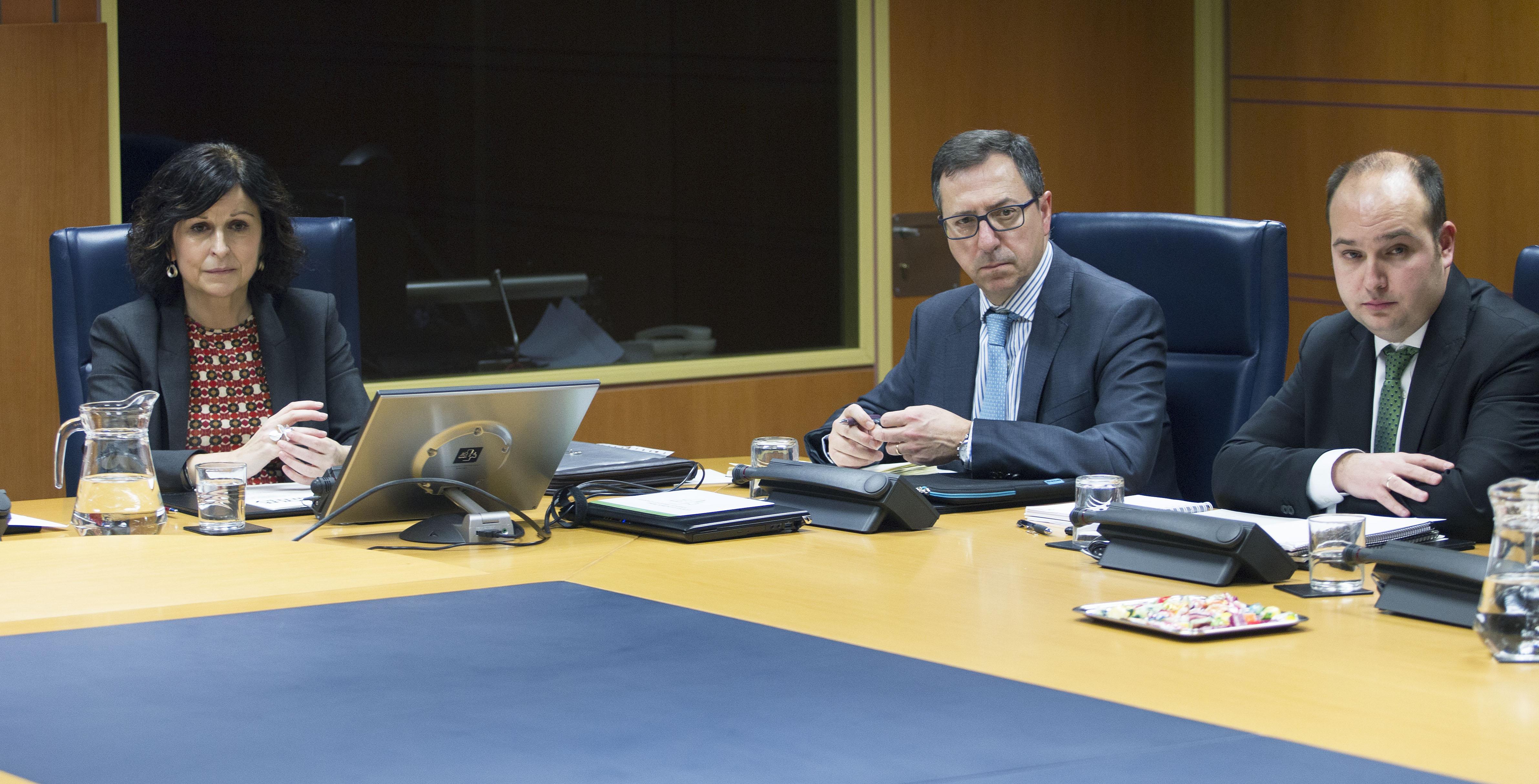 Marian Elorza presenta en el Parlamento las líneas generales de la acción exterior del Gobierno Vasco para los próximos años