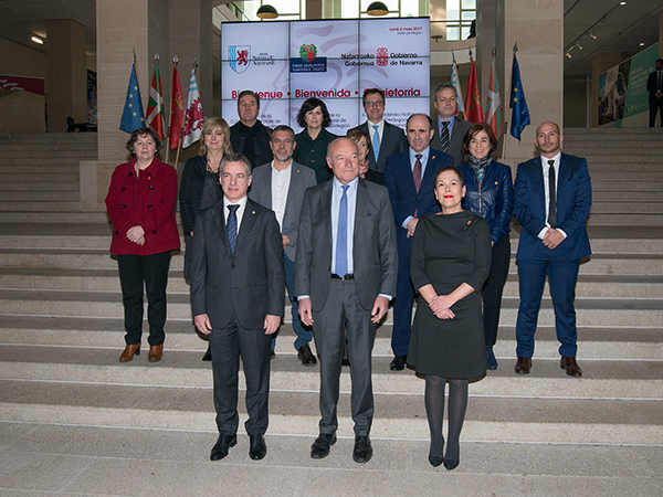 The Lehendakari stresses the strength of the Aquitaine/Basque Country/Navarra Euroregion to Europe