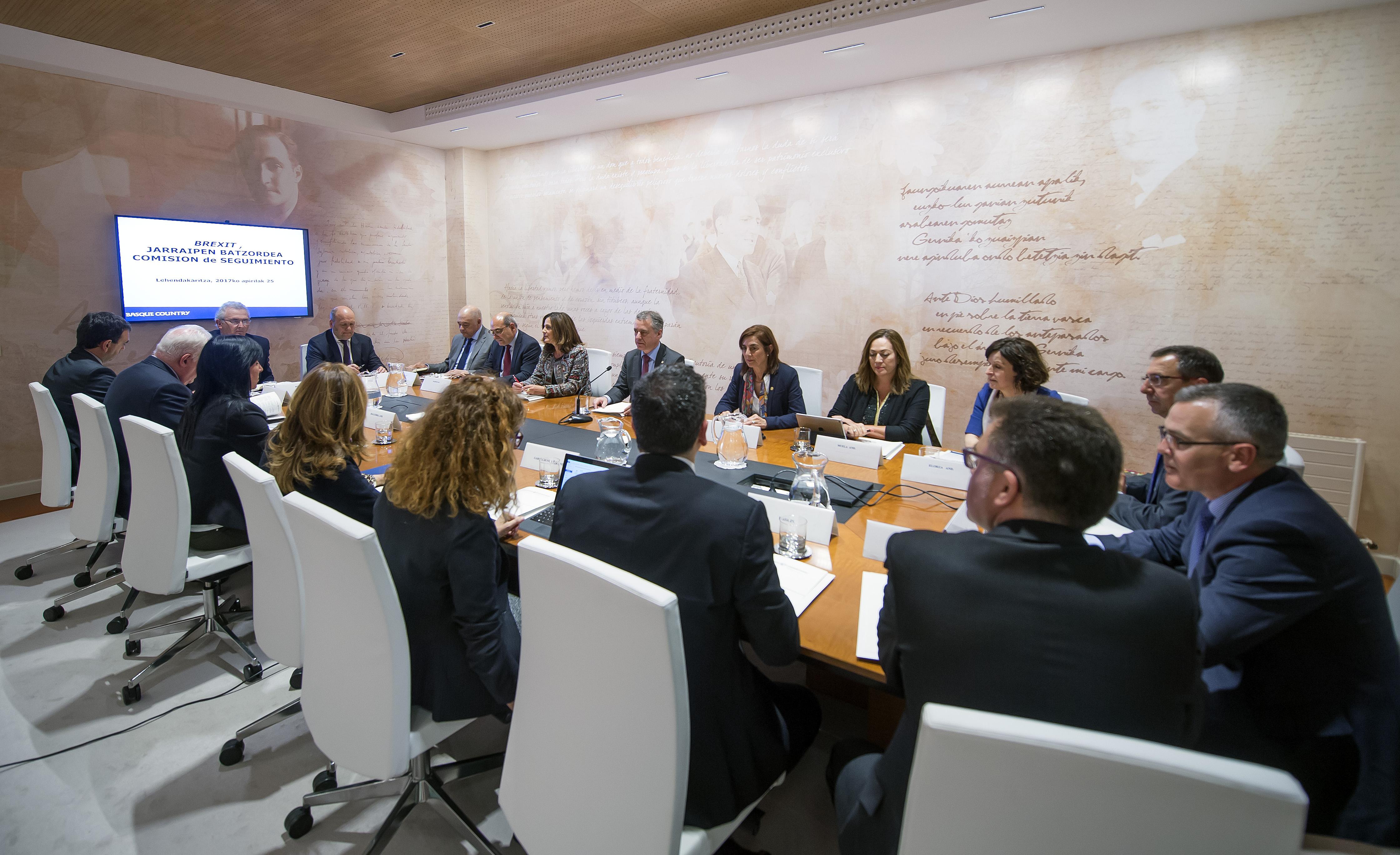 La Comisión vasca de seguimiento del Brexit identificará los retos y oportunidades que se abren para Euskadi