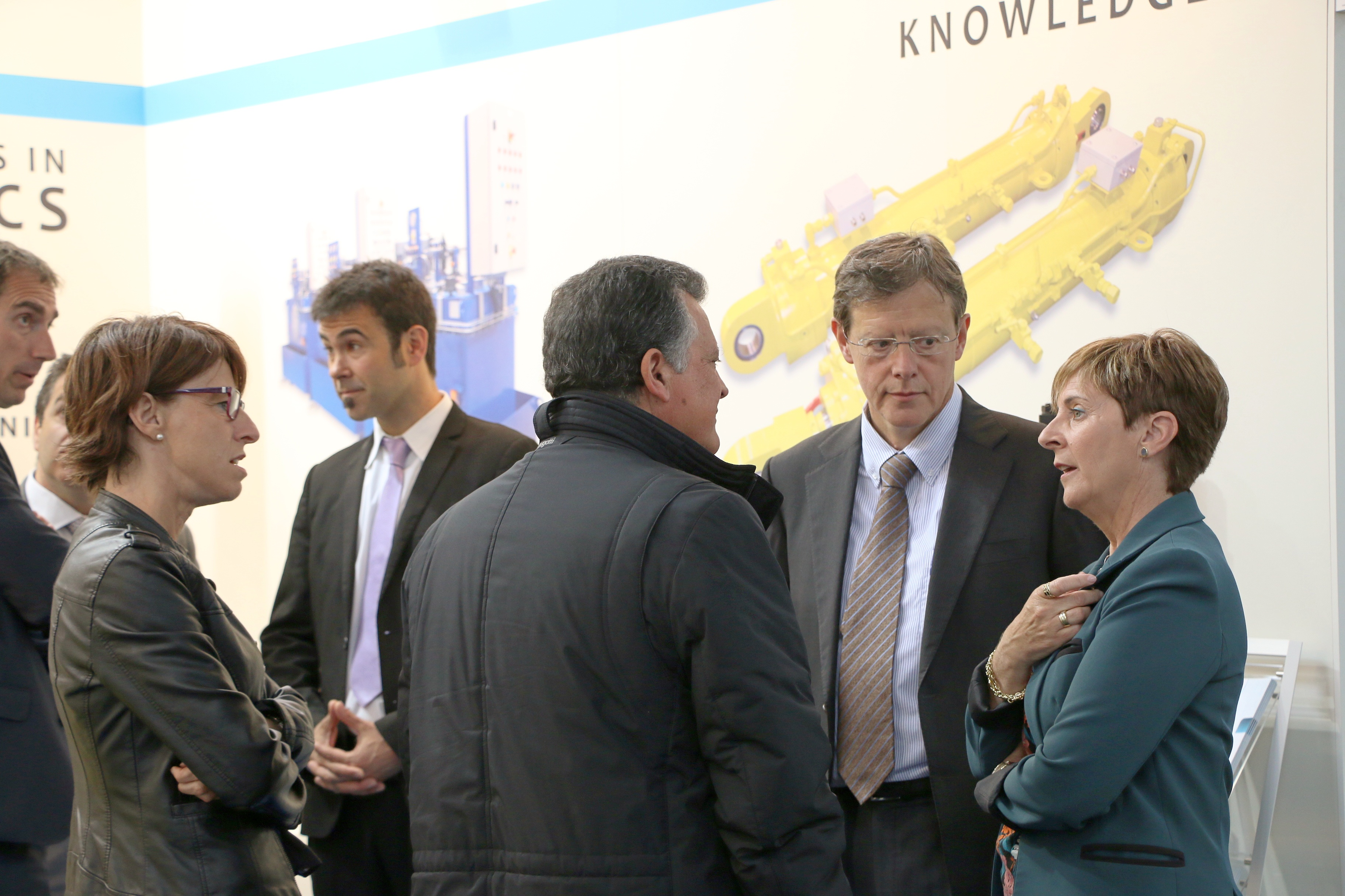 tapia_hannover_invest_13.jpg
