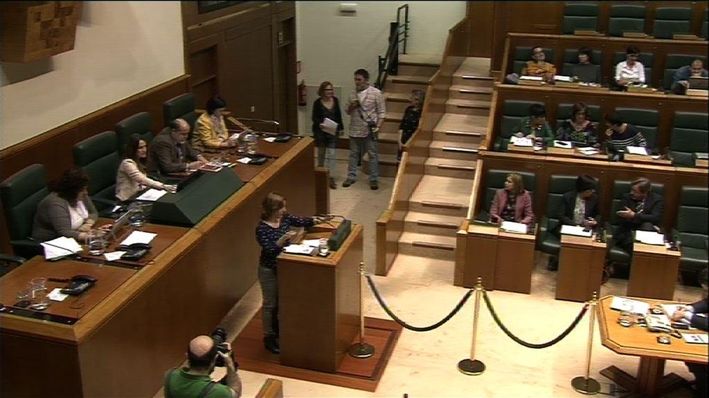 Pregunta formulada por D.ª Leire Pinedo Bustamante, parlamentaria del grupo EH Bildu, al lehendakari, relativa a la reforma fiscal que debe entrar en vigor en la CAPV