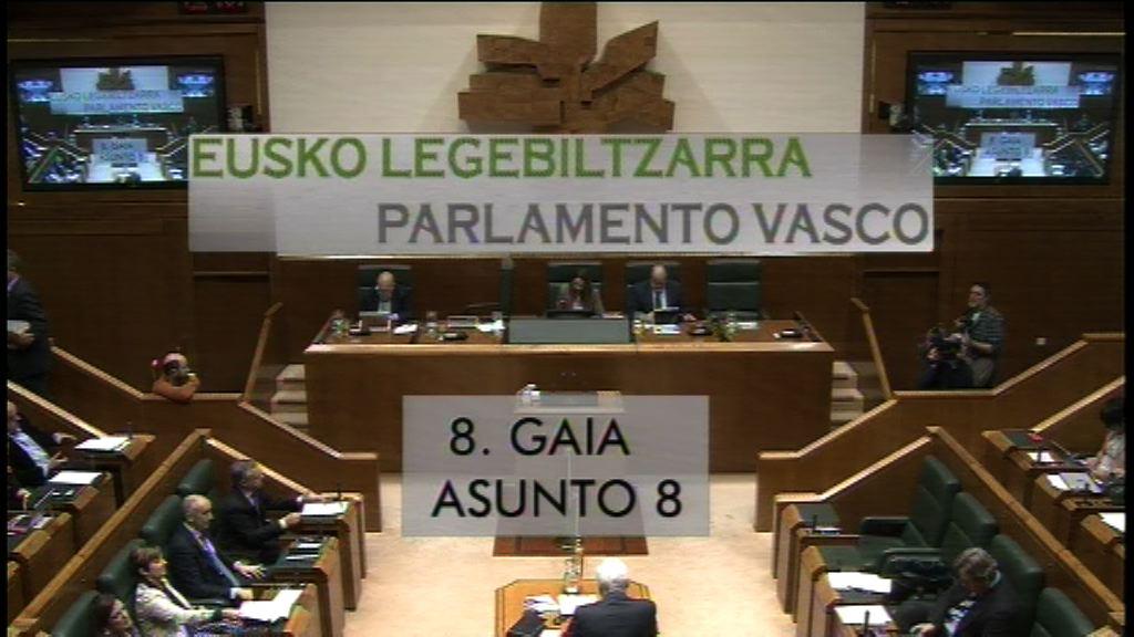 Pregunta formulada por D. Borja Sémper Pascual, parlamentario del grupo Popular Vasco, al lehendakari, en relación con la presencia de una consejera del Gobierno Vasco en un proceso independentista