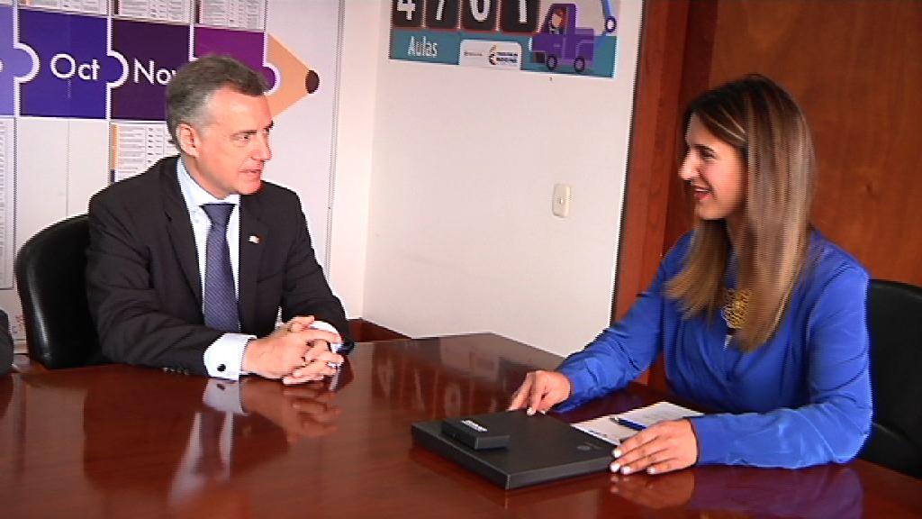 El Lehendakari se reúne con la ministra de Educación de Colombia