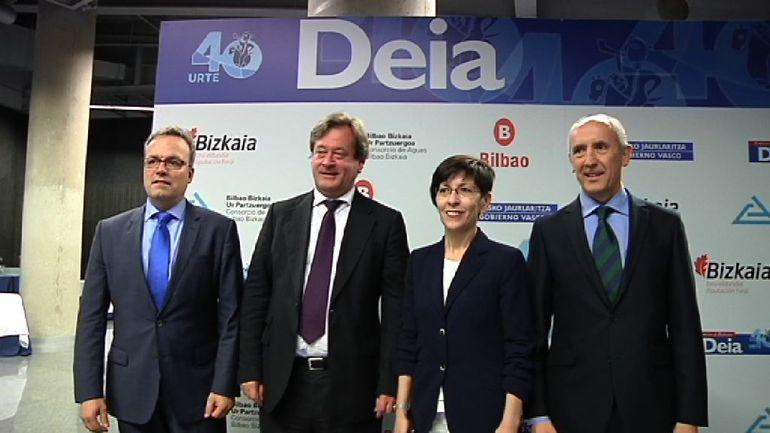 El Gobierno Vasco participa en la gala de aniversario de DEIA