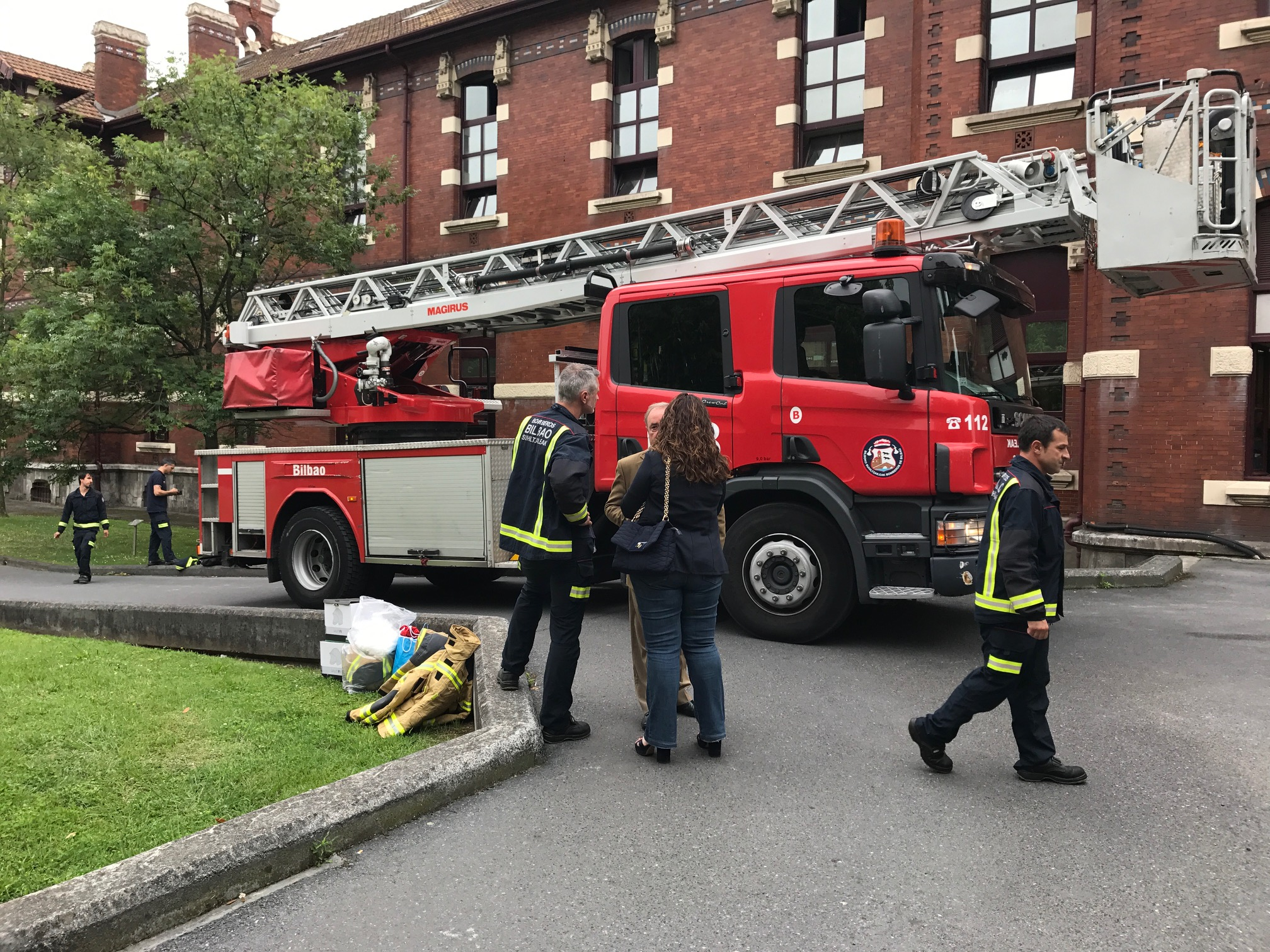 bomberos_basurto_01.jpg