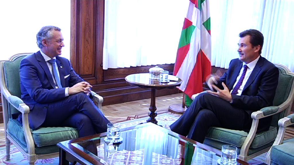 El Lehendakari ha recibido al embajador de Ucrania