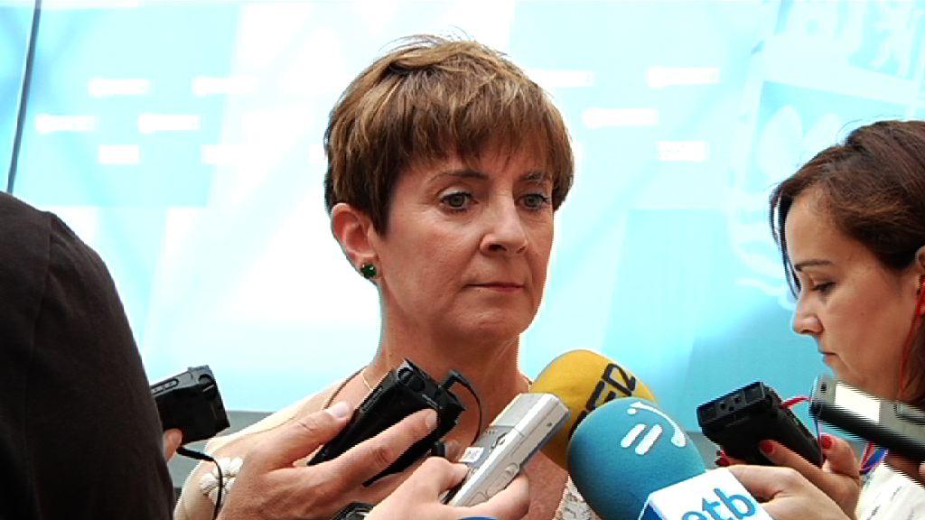 Euskadik Gasteiz-Burgos tarterako trafiko mistoko lotura nahi duela helarazi dio Tapiak Sustapen ministroari