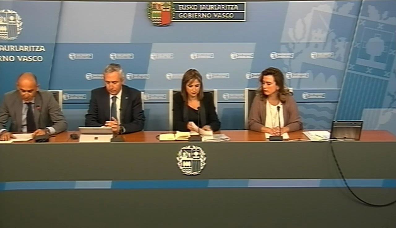 La Consejera de Trabajo y Justicia, María Jesús San José, ratifica el compromiso del Gobierno Vasco con el impulso al cooperativism