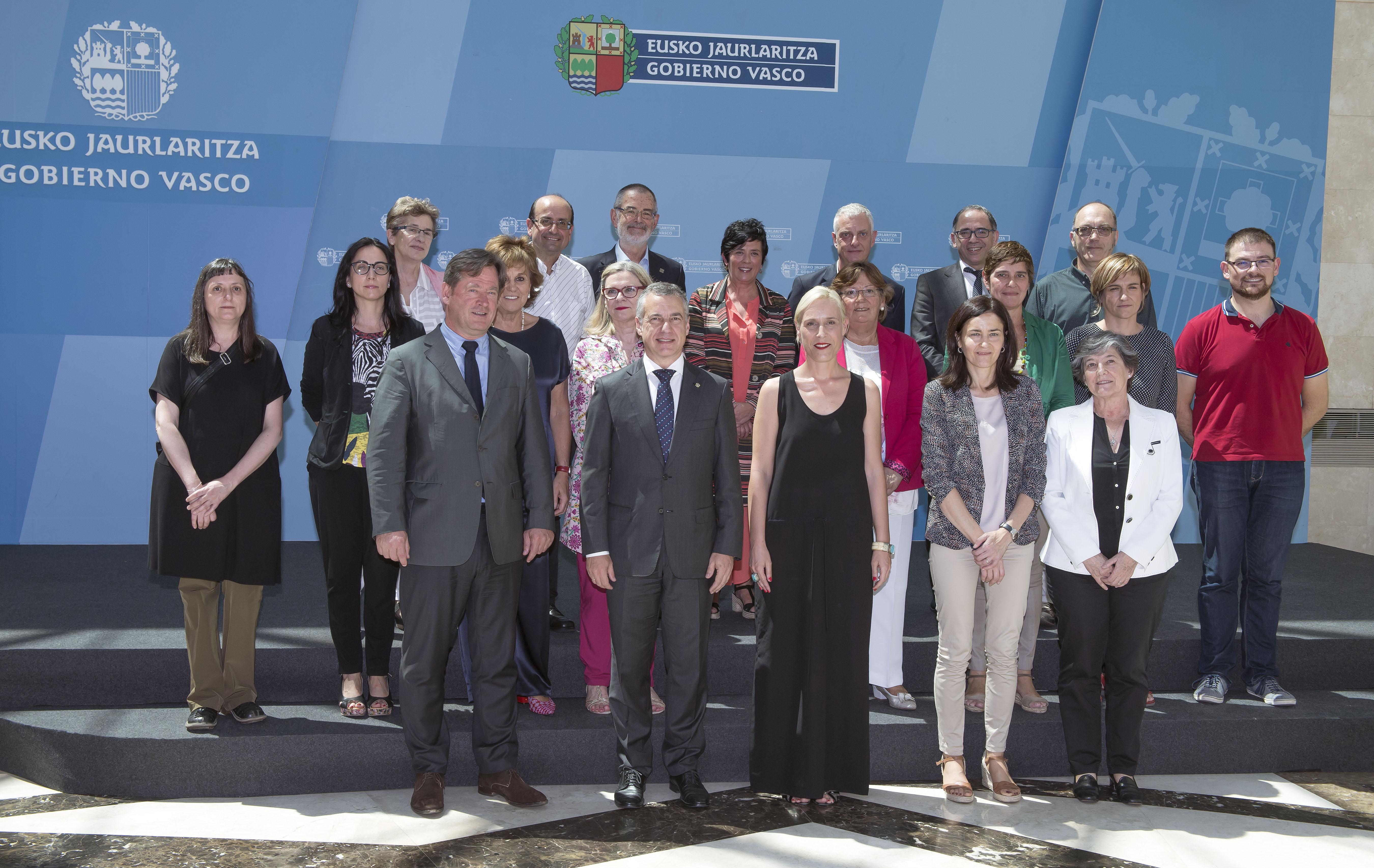 El Lehendakari ha presidido la reunión del Patronato del Instituto Vasco Etxepare