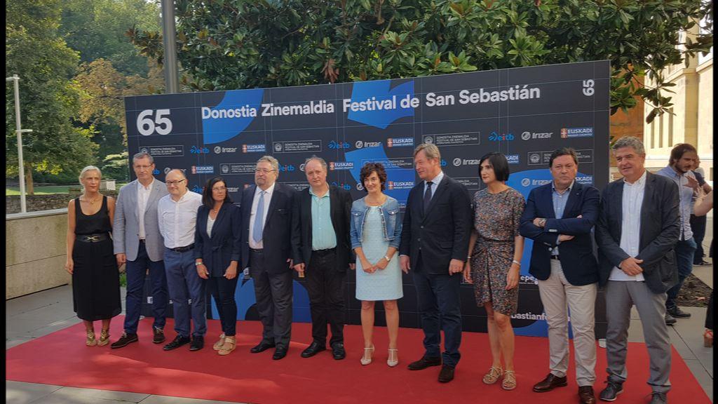 El consejero de Cultura y Política Lingüística, Bingen Zupiria, ha participado en la presentación del Cine Vasco de la 65 edición de Zinemaldia