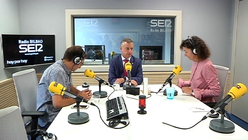"""Lehendakaria: """"Politikak huts egin du baina garaiz gaude Kataluniari konponbide bat emateko"""""""