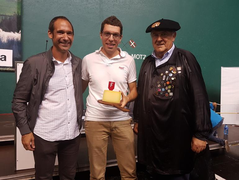 Aiako Odriozola anaiak Ordizian irabazi dute eta 8.200 euro ordaindu dira bereian gaztagaitik