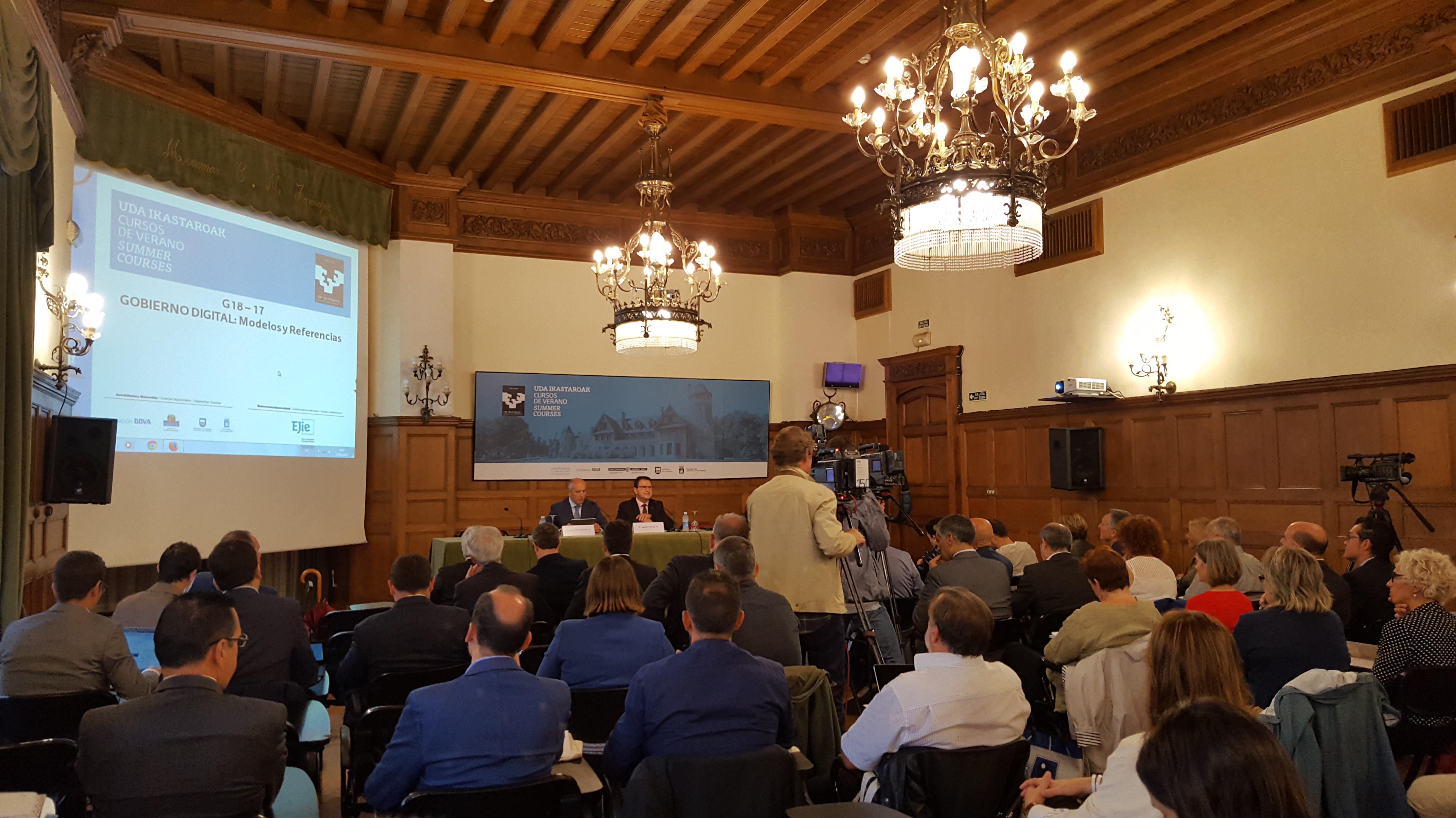 El Gobierno Vasco aborda, en profundidad, los retos de las administraciones públicas en la era de la digitalización