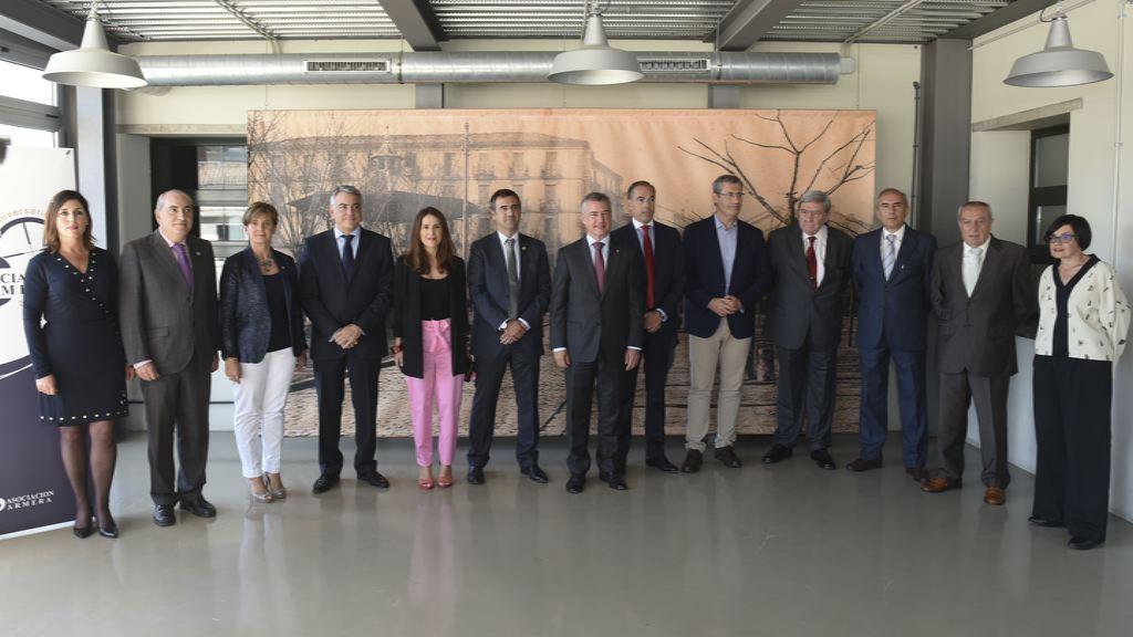 El Lehendakari asiste al 50 aniversario de la Asociación Armera de Eibar