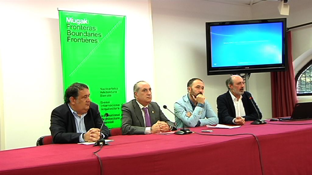 Firma del convenio de colaboración para la promoción de la I Bienal Internacional de Arquitectura de Euskadi MUGAK