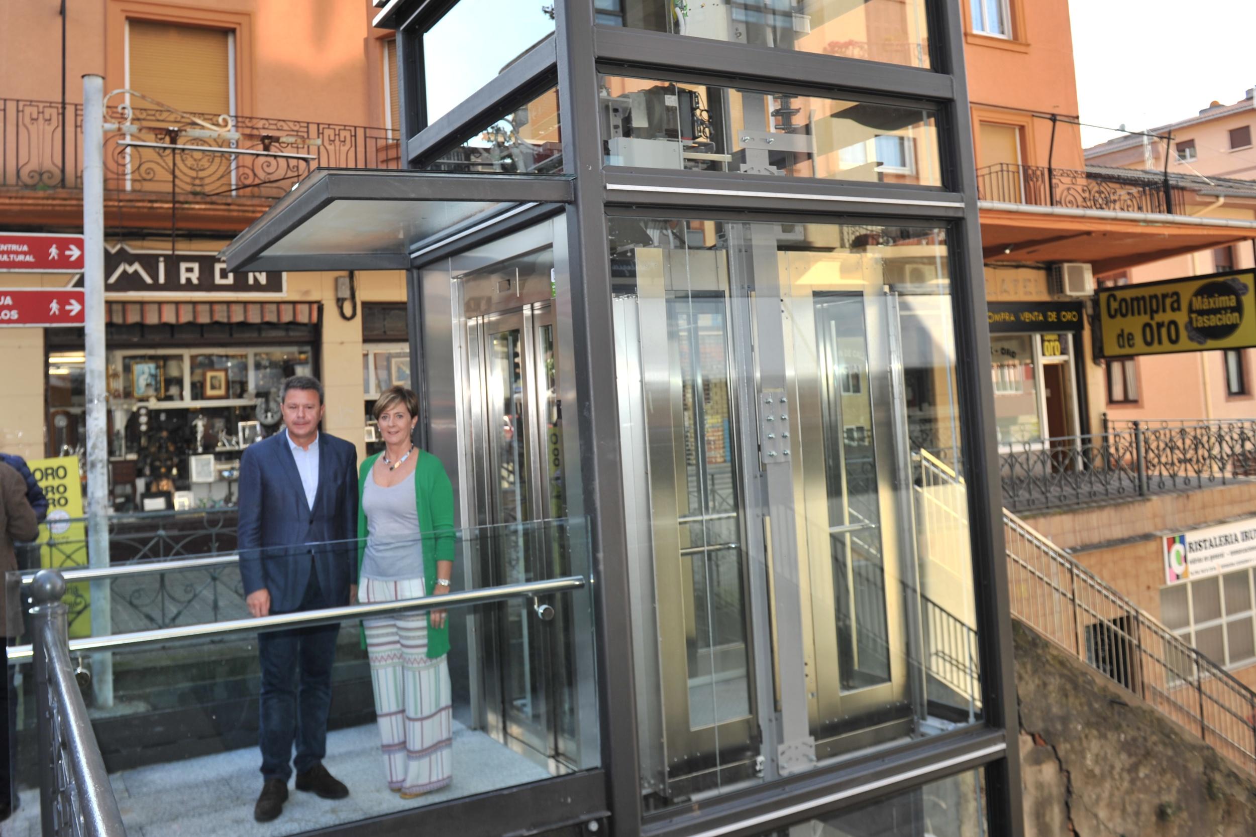 tapia_ascensor_irun_1.jpg
