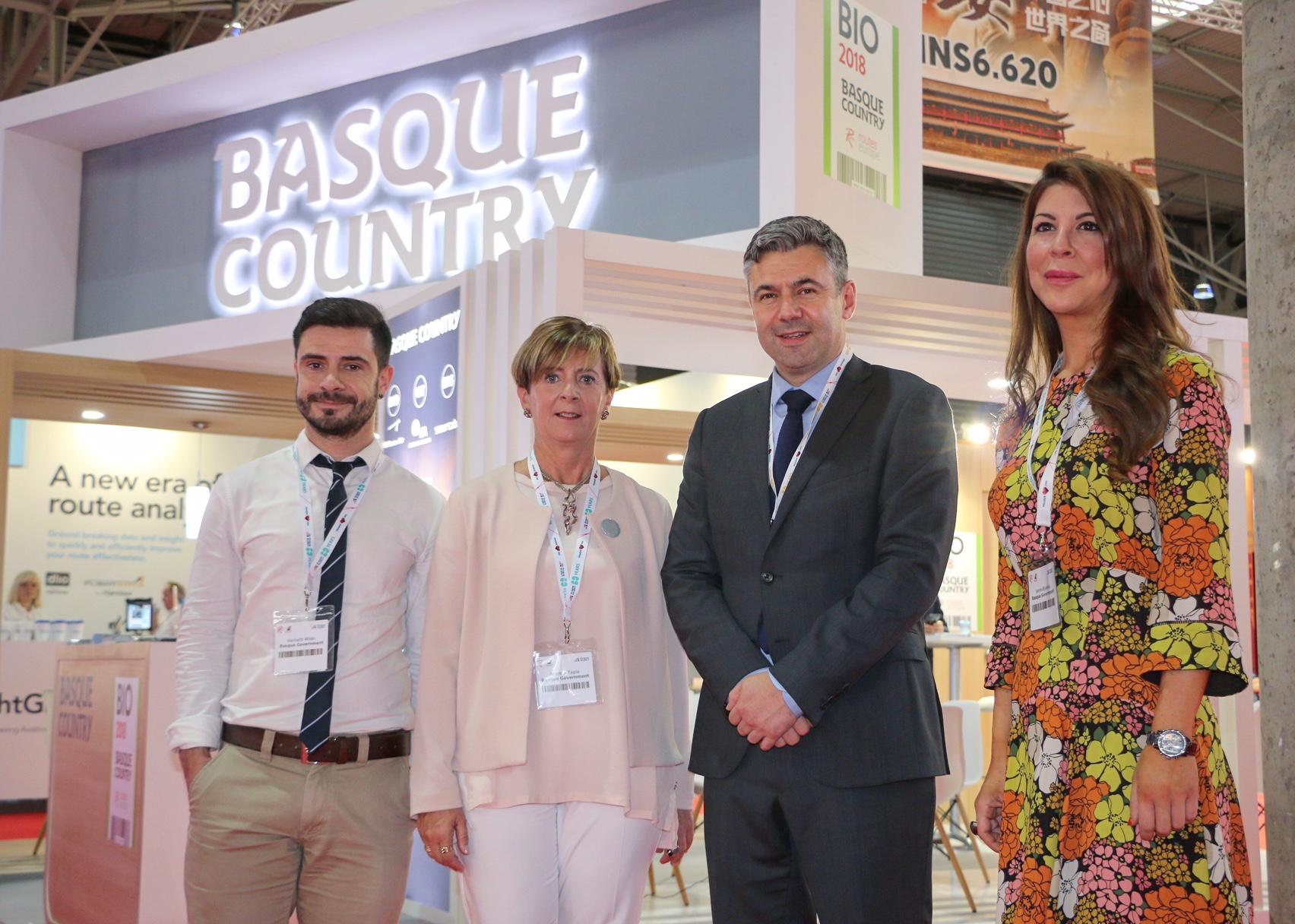 Euskadik Bartzelonako World Routes-en parte hartzen du euskal aireportuen konektagarritasuna bultzatzeko eta hobetzeko