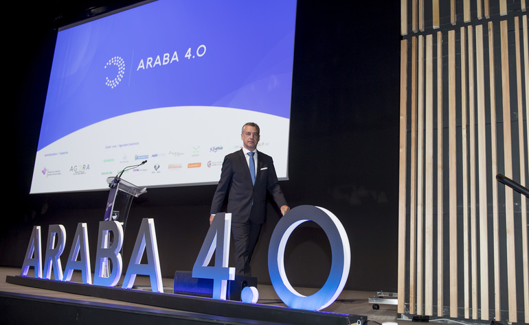 El Lehendakari asiste a las jornadas que analizan la realidad de la Industria 4.0 en Araba