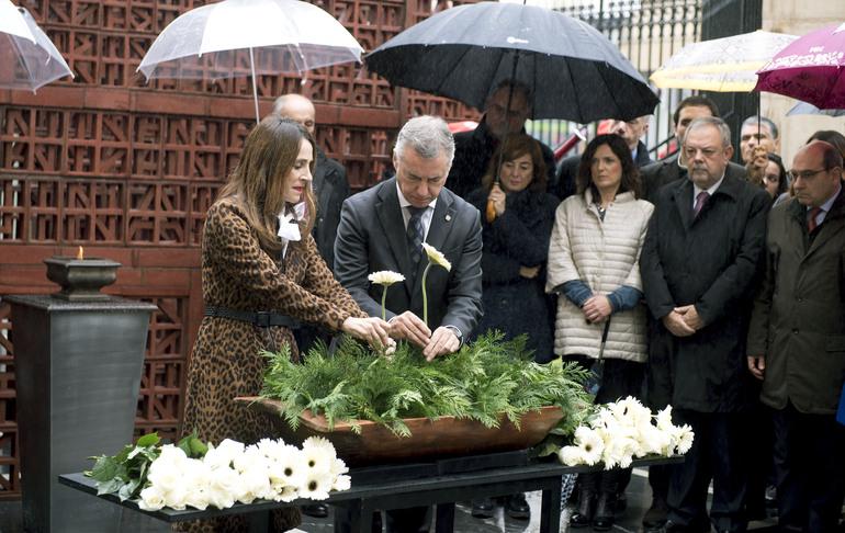 El Gobierno Vasco participa en el acto organizado por el Parlamento con motivo del Día de la Memoria
