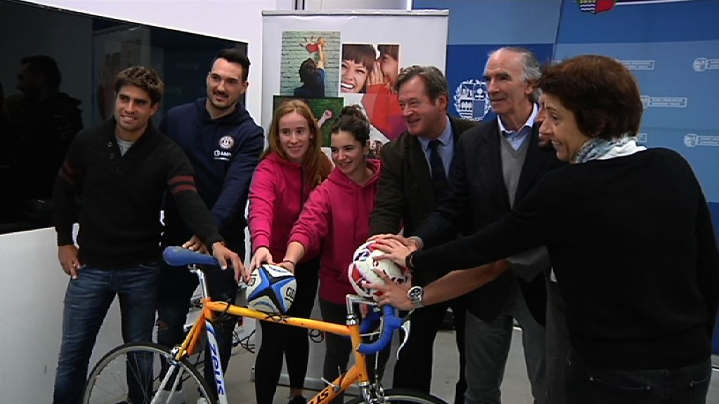 El consejero Bingen Zupiria ha presentado el proyecto Euskal Kirolari, con el objetivo de impulsar el uso del euskera en el mundo del deporte
