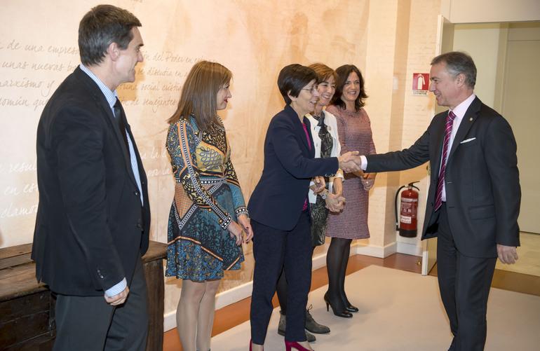 El Lehendakari presenta el Plan de Actuación del Gobierno Vasco frente al terrorismo internacional de pretexto religioso