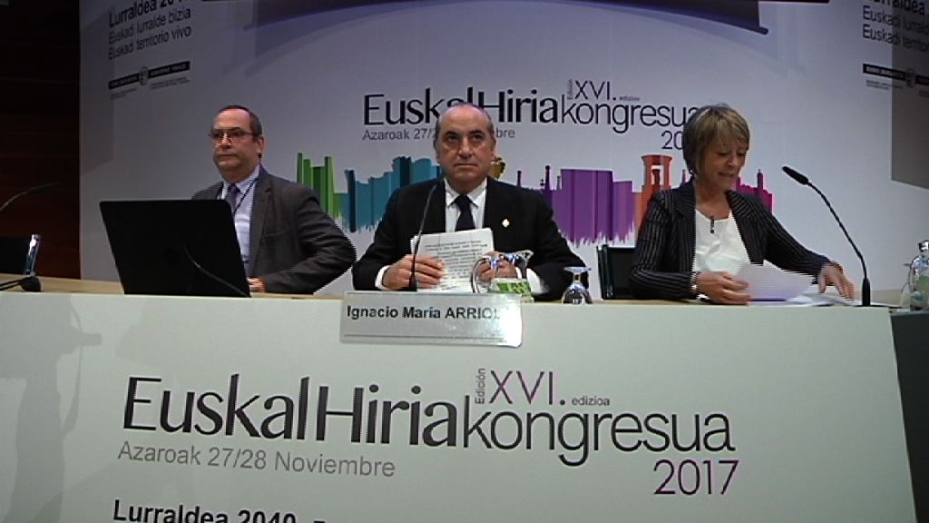 """Euskadi cambiará su modelo de desarrollo para los próximos 20 años hacia """"un territorio vivo, que supere la división entre lo urbano y lo natural"""""""
