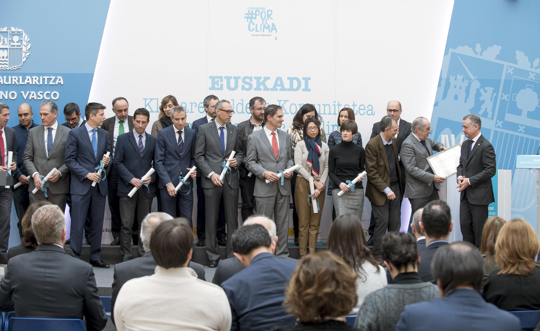 El Gobierno Vasco y 24 empresas vascas se integran en la iniciativa Comunidad #PorElClima para luchar contra el cambio climático