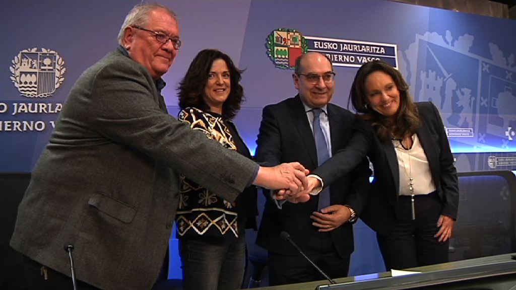 El Gobierno Vasco, la Fundación Luzón y la asociación Adela Euskal Herria unen fuerzas para mejorar la calidad de vida de las personas afectadas por esclerosis lateral amiotrófica