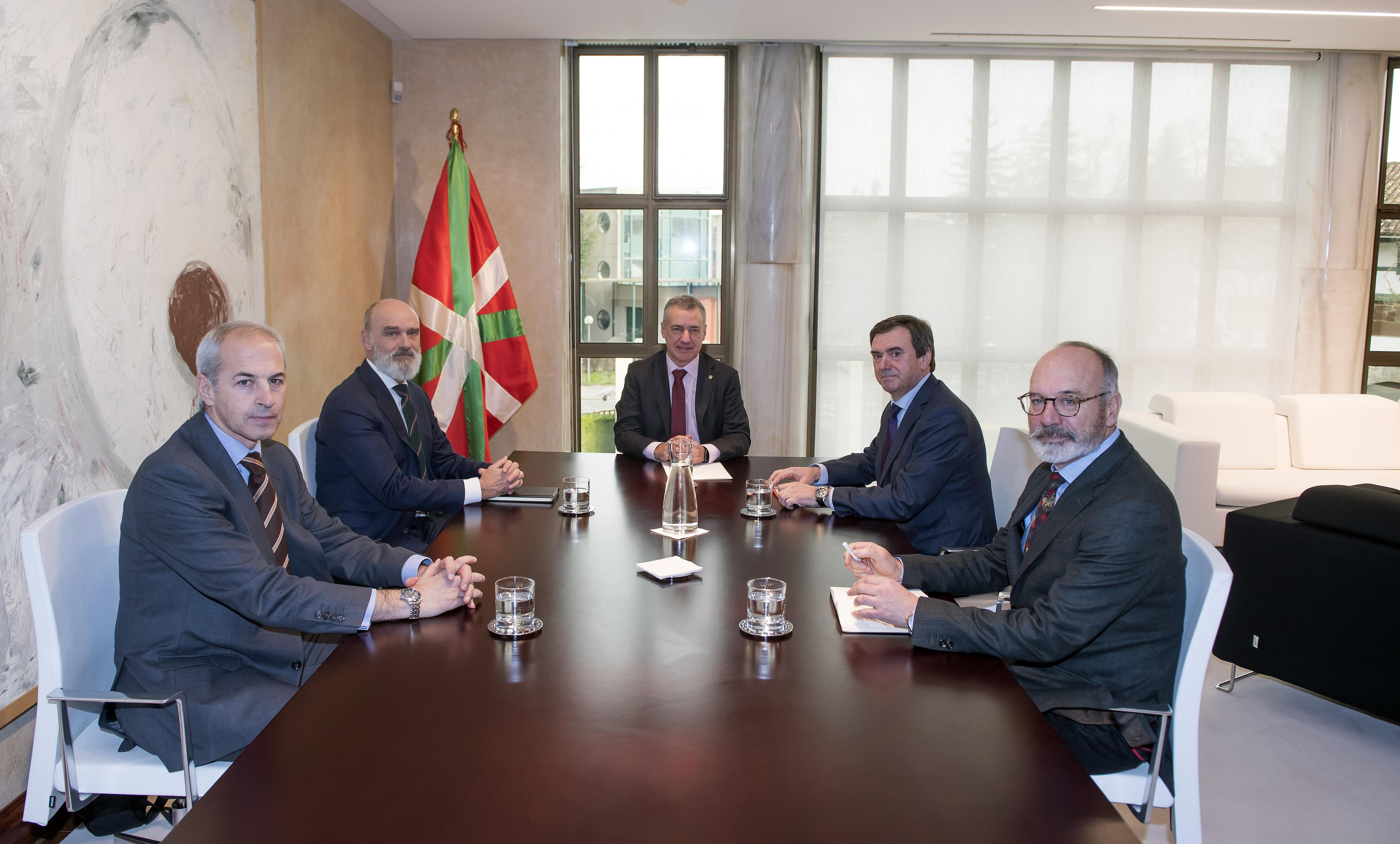El Lehendakari ha recibido a responsables de la Federación Vizcaína de Empresas del Metal-FVEM