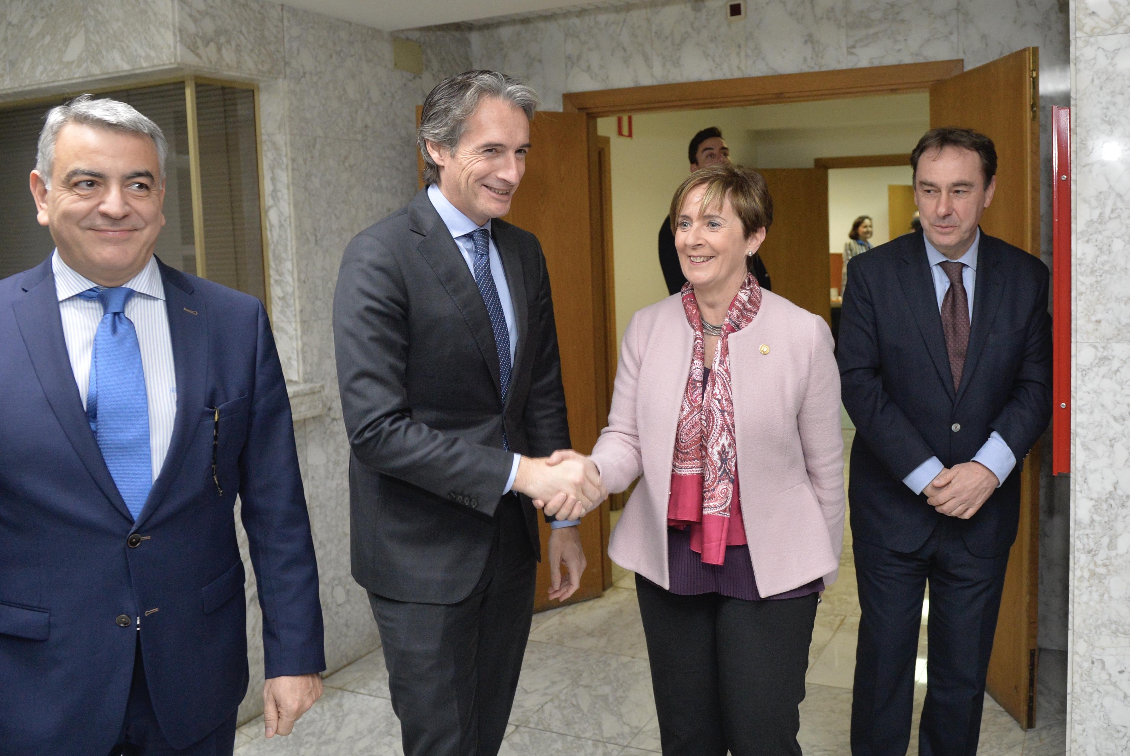 La garantía de una conexión de ancho europeo para mercancías entre Gasteiz y Burgos contribuirá a la competitividad de la Industria Vasca