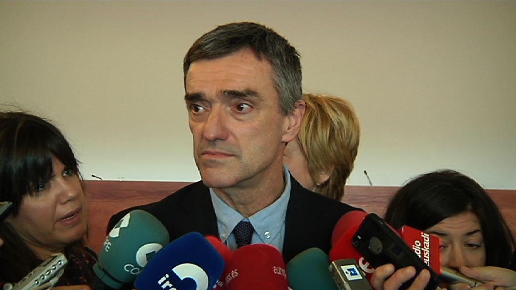 """Jonan Fernándezen ustez """"pauso positibo"""" bat da Frantziako ETAko presoen hurbilketa posiblea"""