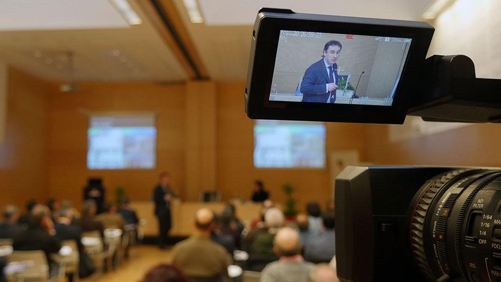 """Antonio Aiz: """"El ferrocarril constituye un elemento fundamental para el desarrollo socio-económico, progreso, equidad social y la mejora de la competitividad de Euskadi"""""""