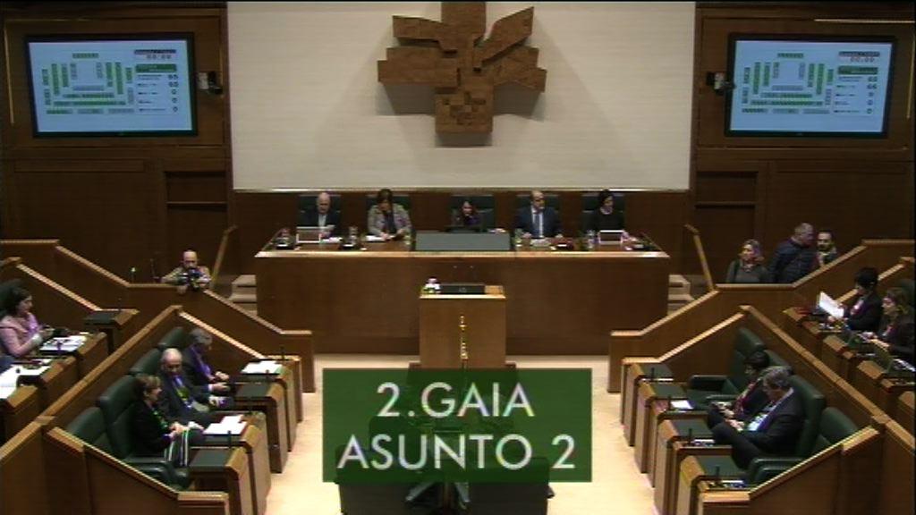 La consejera Tapia presenta en el Parlamento el proyecto de Ley de Sostenibilidad Energética de las Administraciones Públicas vascas