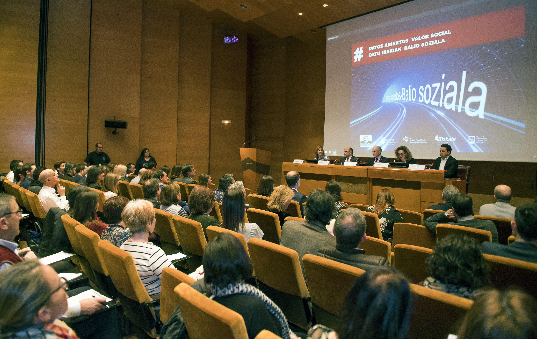 Euskadi y Canarias impulsan una jornada para subrayar el valor social que aportan los datos abiertos