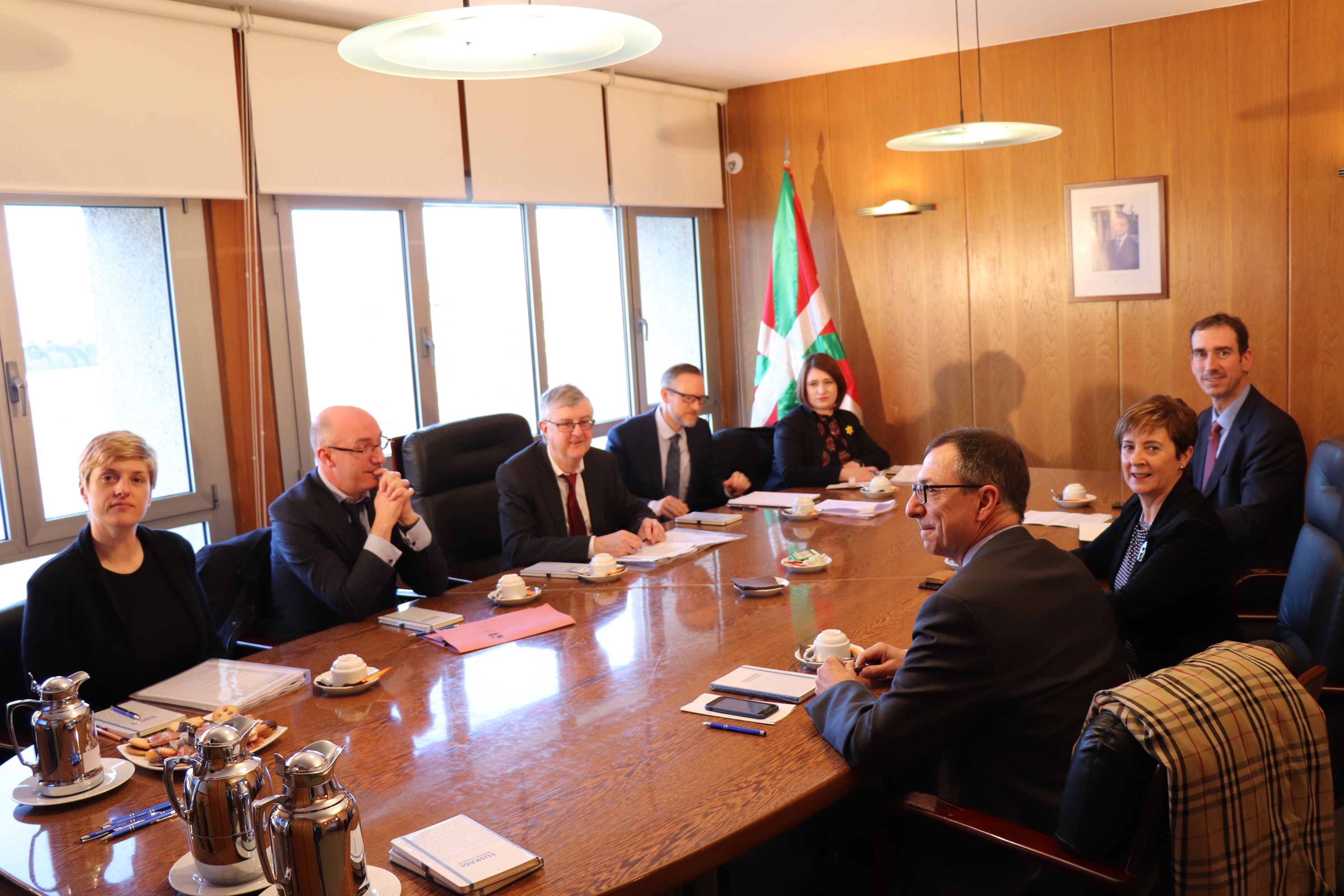 tapia_delegacion_gales_03.jpg