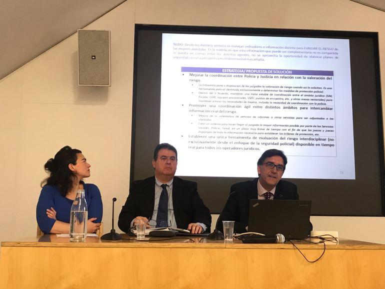 Debate sobre los principales desafíos de los cuerpos de seguridad en la atención a víctimas de la violencia contra las mujeres