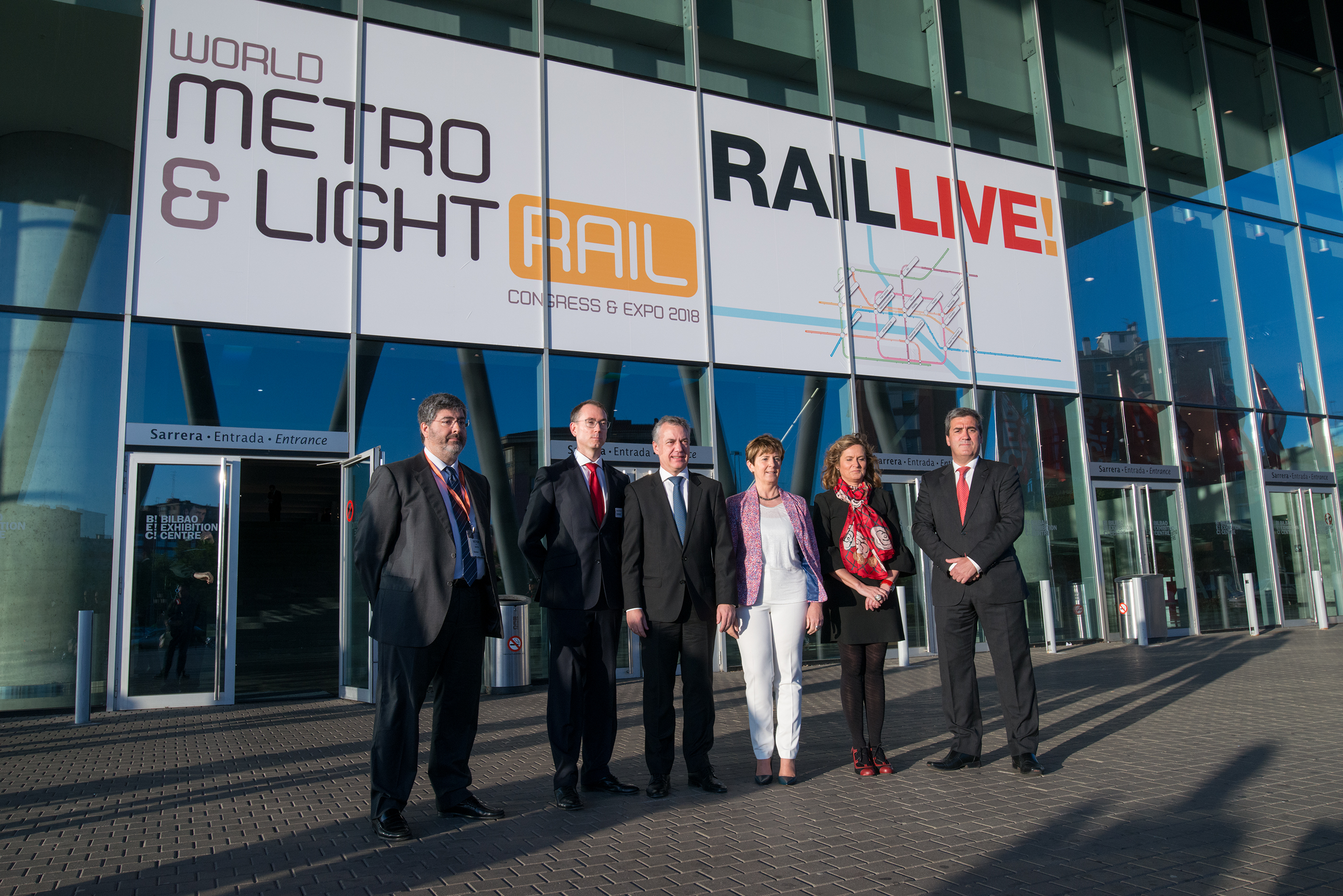 "The Lehendakari stressed at the World Metro & Light Rail Live in Bilbao that the rail sector is a ""textbook example"" in the Basque Country"