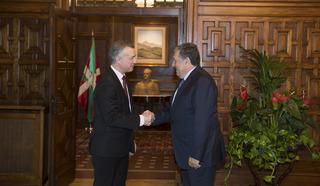 Lhk embajador argentina