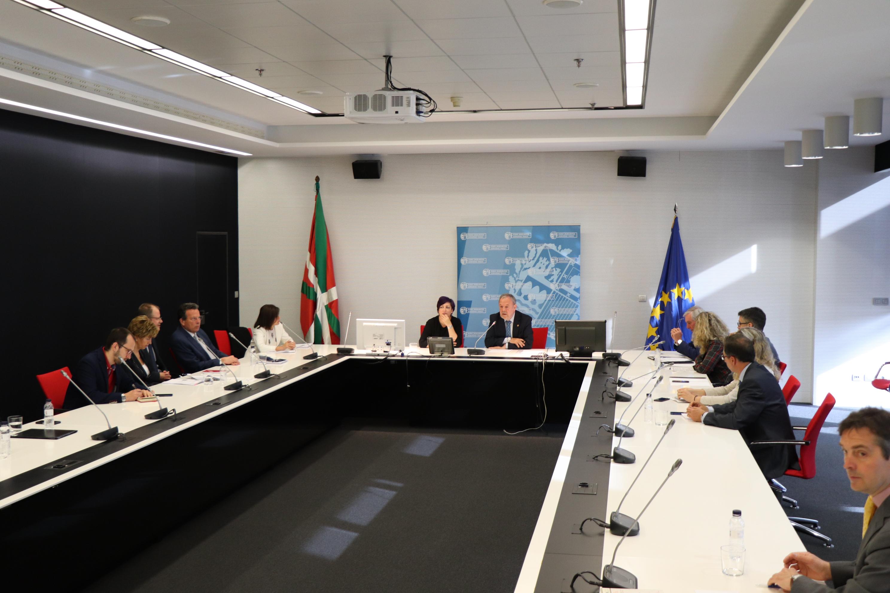 azpiazu_arriola_parlamento_europeo_01.jpg
