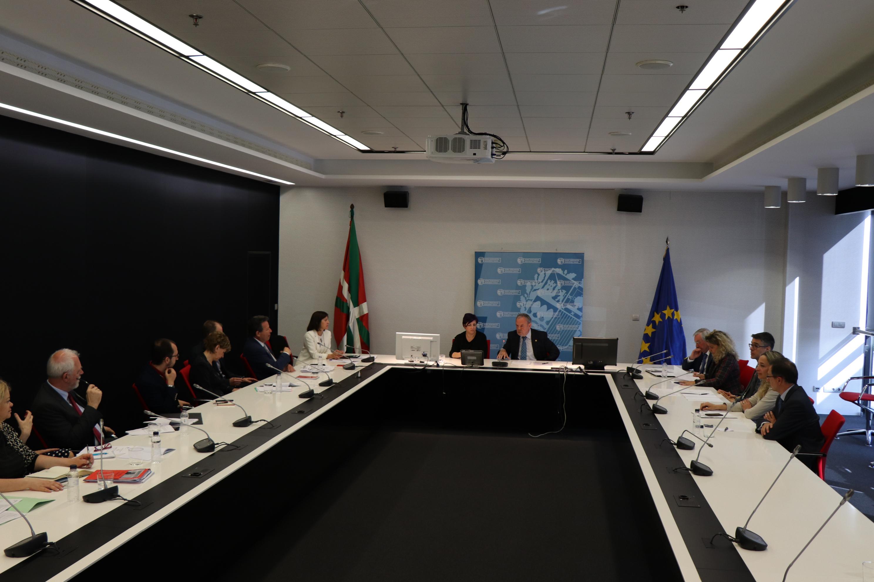 azpiazu_arriola_parlamento_europeo_03.jpg