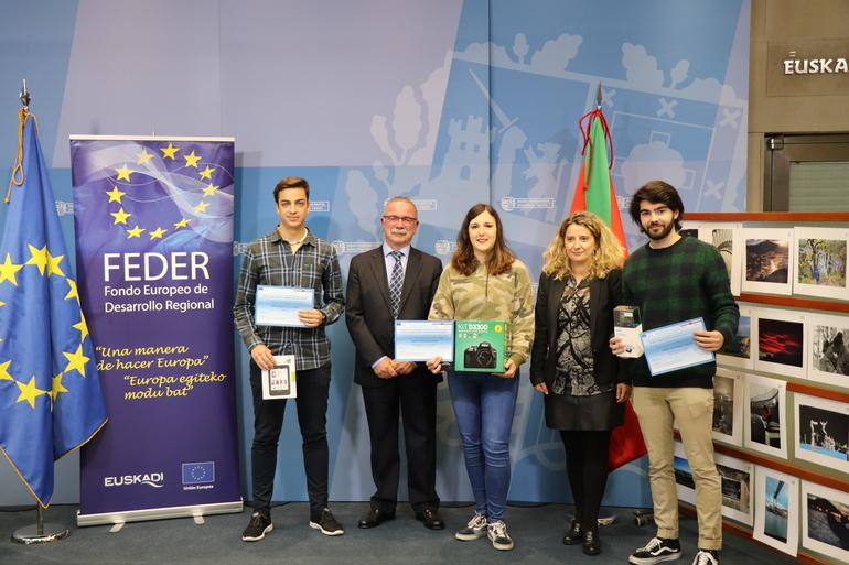 """Entrega de premios de la VII edición del Concurso Fotográfico """"¿Dónde ves Europa en Euskadi?"""" organizado por el Gobierno Vasco y Feder"""