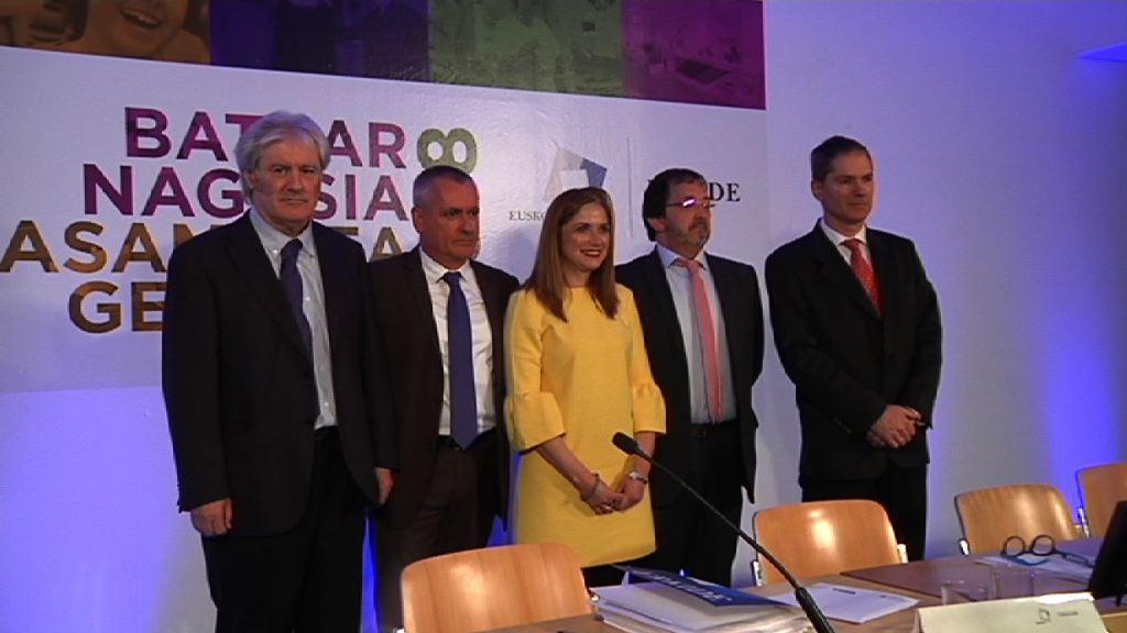 La Consejera María La Consejera San José felicita a las cooperativas vascas por su compromiso social y creación de empleo de calidad